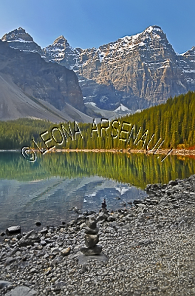 CANADA;ALBERTA;CANADIAN ROCKIES;ROCKY MOUNTAINS;BANFF NATIONAL PARK;MORAINE LAKE;LAKES;MOUNTAINS;WATER;REFLECTIONS;ROCKS;SUMMER;WATERSCAPE;LANDSCAPE;SCENIC;VERTICAL