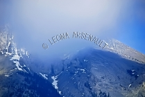 CANADA;ALBERTA;ROCKY_MOUNTAINS;CANADIAN_ROCKIES;CANMORE;LANDSCAPE;CLOUDS;HORIZON