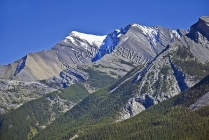 CANADA;ALBERTA;MINNEWANKA_LAKE;CANADIAN_ROCKIES;ROCKY_MOUNTAINS;MOUNTAINS;SUMMER