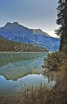 CANADA;ALBERTA;CANADIAN_ROCKIES;ROCKY_MOUNTAINS;BANFF_NATIONAL_PARK;PARK;EMERALD