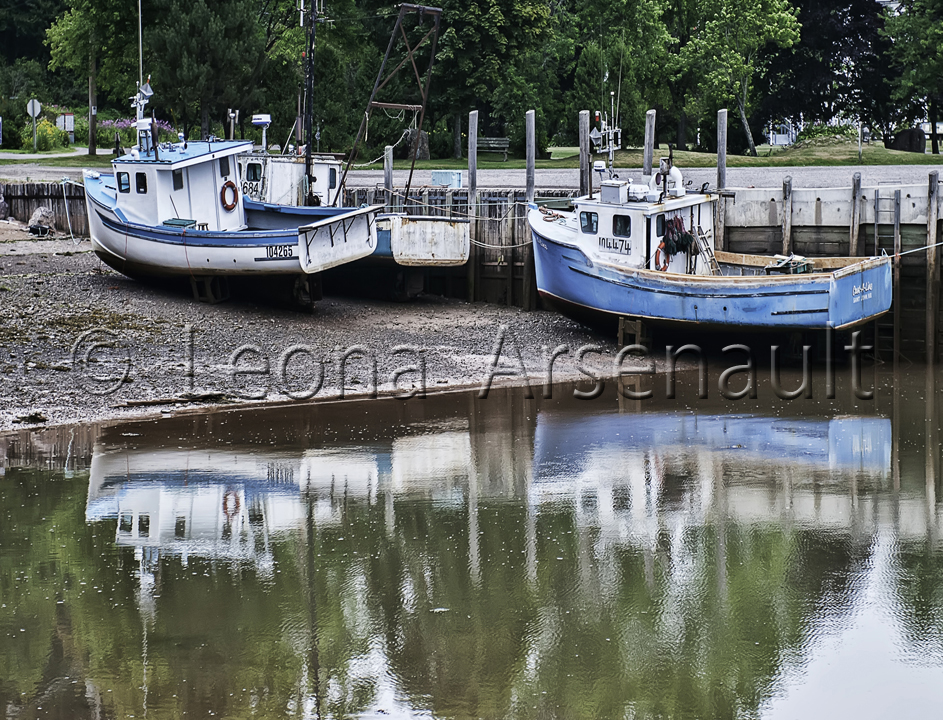 CANADA;NEW BRUNSWICK;ST. MARTIN;BOATS;WATER;REFLECTION;WHARF;HORIZONTAL;