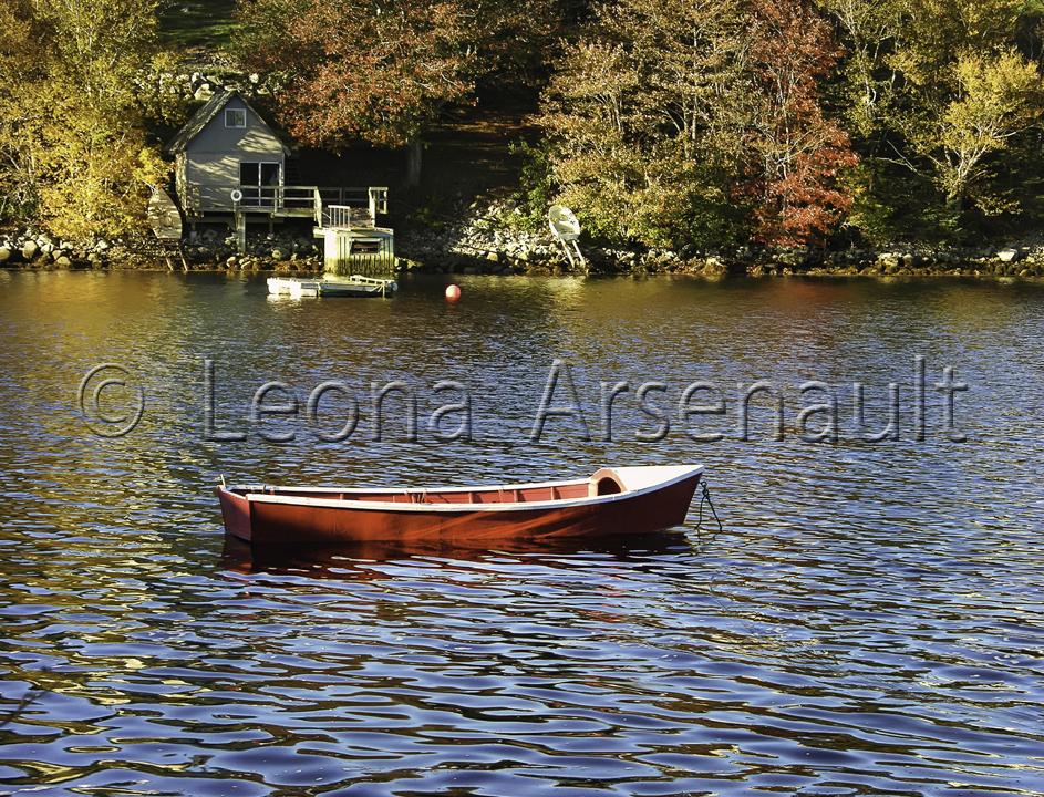 CANADA;NOVA_SCOTIA;ST._MARGARETS_BAY;WATER;DORY;HORIZONTAL;BOAT;WATERSCAPE;NAUTI
