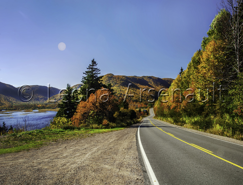CANADA;NOVA SCOTIA;CAPE BRETON ISLAND;HIGHWAY;SCENIC;FALL;HORIZONTAL;