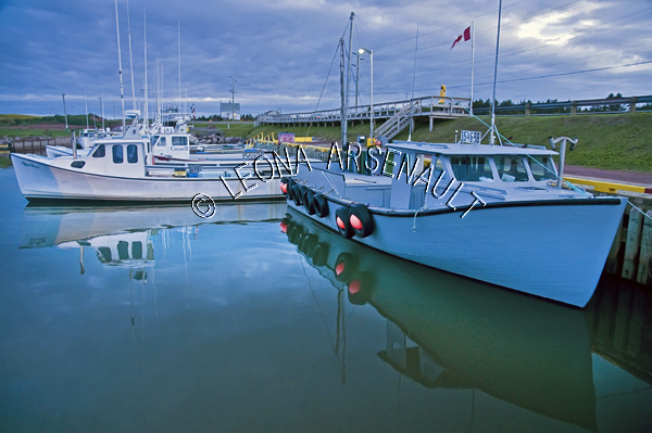 CANADA;PRINCE EDWARD ISLAND;PRINCE COUNTY;SEACOW POND;BOATS;FISHING BOATS;WATER;NAUTICAL;SUMMER;SEASCAPE;SCENIC;HORIZONTAL