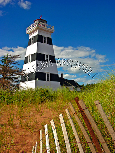 CANADA;PRINCE EDWARD ISLAND;PRINCE COUNTY;WEST POINT LIGHTHOUSE;LIGHTHOUSES;NAUTICAL;BEACH;SUMMER;LANDSCAPE;SCENIC;VERTICAL