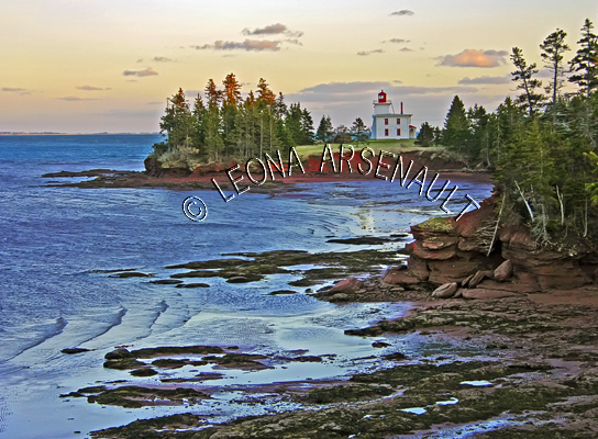 CANADA;PRINCE_EDWARD_ISLAND;QUEENS_COUNTY;BLOCKHOUSE_POINT_LIGHTHOUSE;LIGHTHOUSE