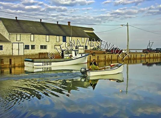 CANADA;PRINCE EDWARD ISLAND;PRINCE COUNTY;ABRAM-VILLAGE;FISHING BOATS;DORY;BOATS;PIER;WHARF;HARBOUR;NAUTICAL;WATER;REFLECTION;SPRING;SEASCAPE;SCENIC;HORIZONTAL