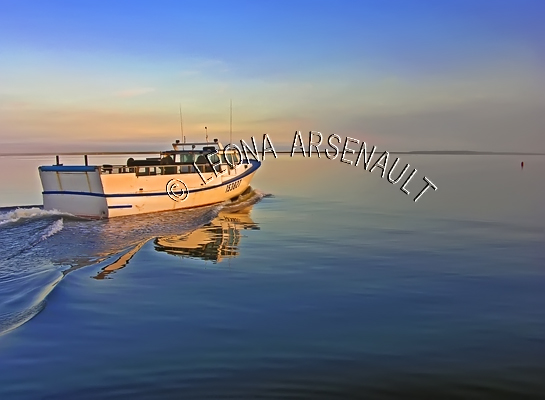 CANADA;PRINCE EDWARD ISLAND;PRINCE COUNTY;ABRAM-VILLAGE;FISHING BOAT;BOAT;REFLECTION;SPRING;NAUTICAL;SEASCAPE;SCENIC;HORIZONTAL