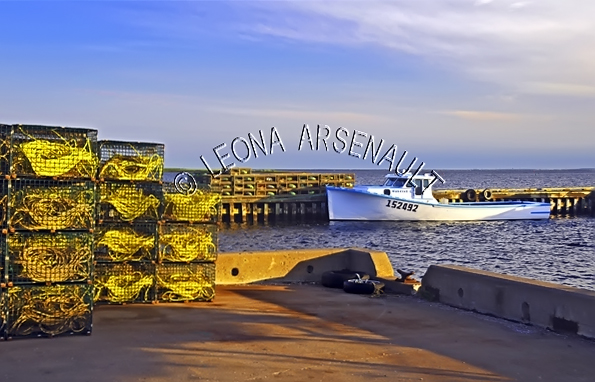 CANADA;PRINCE EDWARD ISLAND;PRINCE COUNTY;ABRAM-VILLAGE;FISHING BOAT;BOATS;LOBSTER TRAPS;TRAPS;SUMMER;NAUTICAL;WATER;SEASCAPE;SCENIC;HORIZONTAL