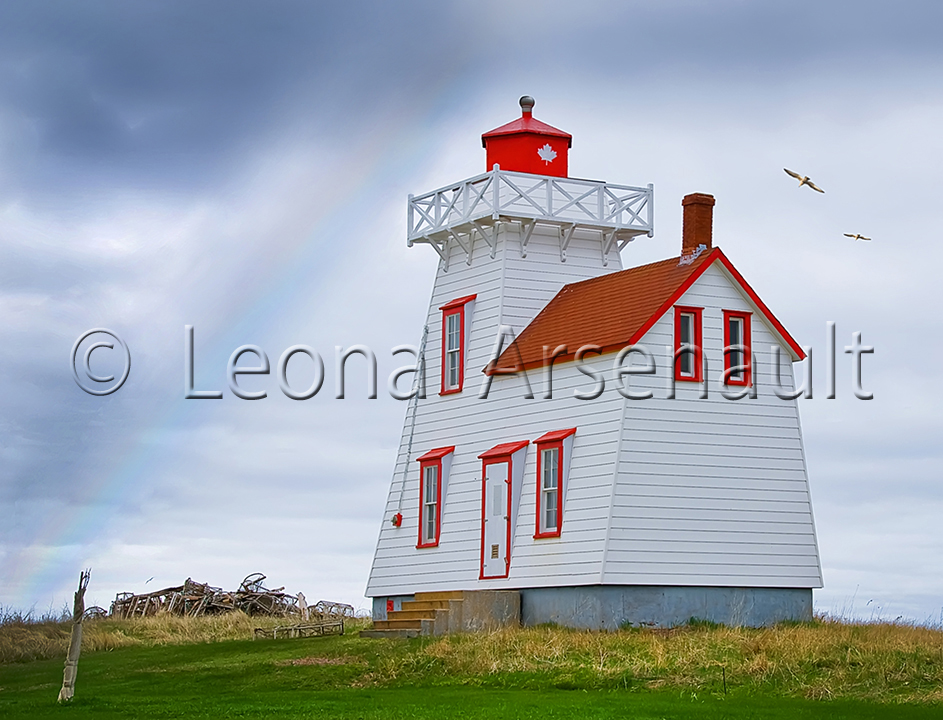 CANADA;PRICE EDWARD ISLAND;QUEEN'S COUNTY;NORTH RUSTICO;LIGHTHOUSE;BUILDING;SCENIC;HORIZONTAL;