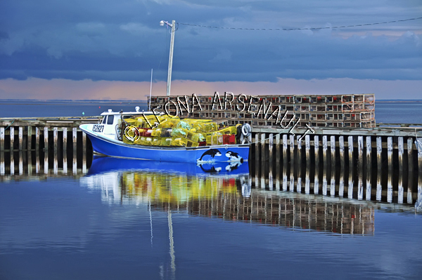CANADA;PRINCE EDWARD ISLAND;PRINCE COUNTY;ABRAM-VILLAGE;WHARFS;HARBOURS;PIERS;BOATS;FISHING BOATS;LOBSTER TRAPS;BUOYS;REFLECTIONS;WATER;SUMMER;NAUTICAL;SEASCAPES;SCENIC;HORIZONTAL