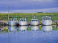 CANADA;PRINCE_EDWARD_ISLAND;PRINCE_COUNTY;SEACOW_POND;BOATS;FISHING_BOATS;WATER;