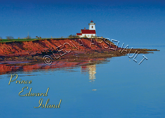 CANADA;PRINCE EDWARD ISLAND;PRINCE EDWARD ISLAND POSTCARD;PEI POSTCARD;KING'S COUNTY;WOOD ISLANDS LIGHTHOUSE;LIGHTHOUSES;WATER;NORTHUMBERLAND STRAIT;WATER;CLIFFS;POSTCARD;