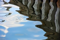 SHAPES;FORMS;TEXTURES;WATER;REFLECTIONS;HORIZONTAL