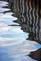 SHAPES;FORMS;TEXTURES;WATER;REFLECTIONS;VERTICAL