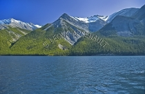 CANADA;ALBERTA;MINNEWANKA_LAKE;CANADIAN_ROCKIES;ROCKY_MOUNTAINS;MOUNTAINS;WATER;