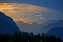 CANADA;ALBERTA;ICEFIELD_PARKWAY;CANADIAN_ROCKIES;ROCKY_MOUNTAINS;FALL;SUNSET;DUS