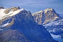 CANADA;ALBERTA;ICEFIELD_PARKWAY;CANADIAN_ROCKIES;ROCKY_MOUNTAINS;SNOW;ROCK_FORMA