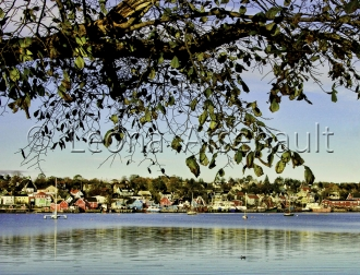 CANADA;NOVA_SCOTIA;LUNENBURG;WATER;SCENIC;BUILDINGS;HORIZONTAL;